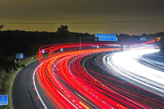 trafico-nocturno-carretera