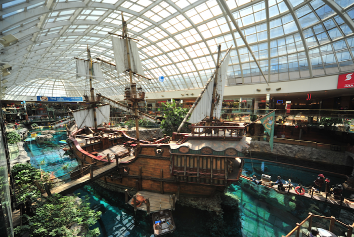 10-of-the-worlds-most-insane-shopping-malls__880
