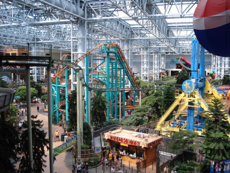 Mall-of-America-Minnesota-USA1__880