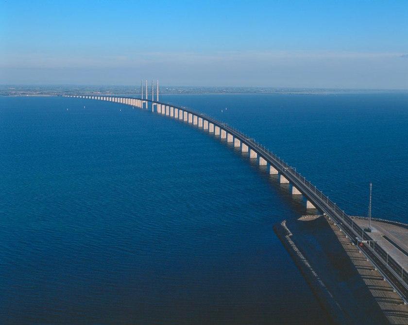 tunnel-bridge-oresund-link-artificial-island-sweden-denmark-11
