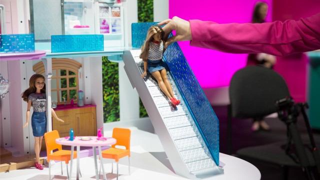 BarbieSlide-640x360