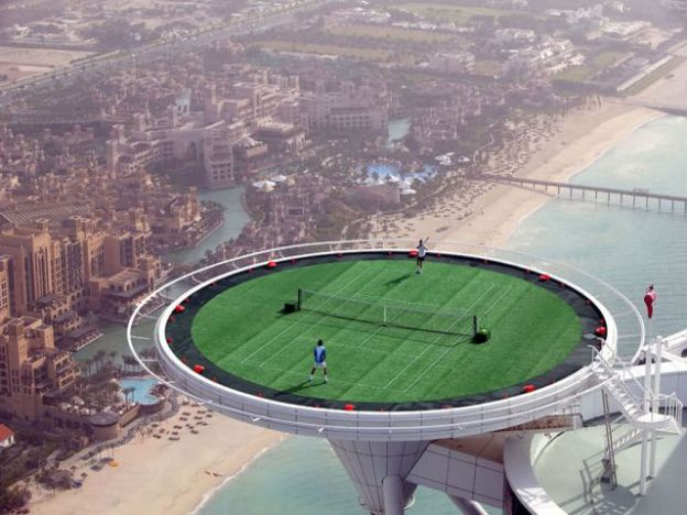 The-Helipad-of-the-Burj-Al-Arab-in-Dubai-UAE_Excellent-scenery_2007-624x468