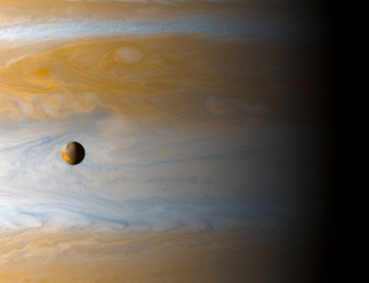 io-moon-over-jupiter-9.jpg