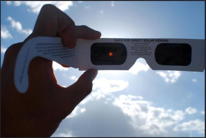 gafas-solares-eclipse-solar-luna