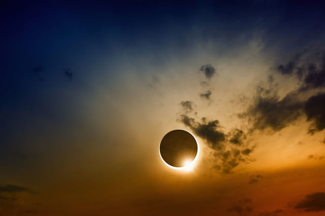 solar-eclipse-3-640x0