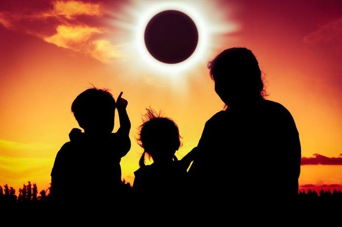 SolarEclipse-1200x800.jpg