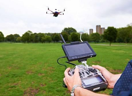 17-drone3-mt